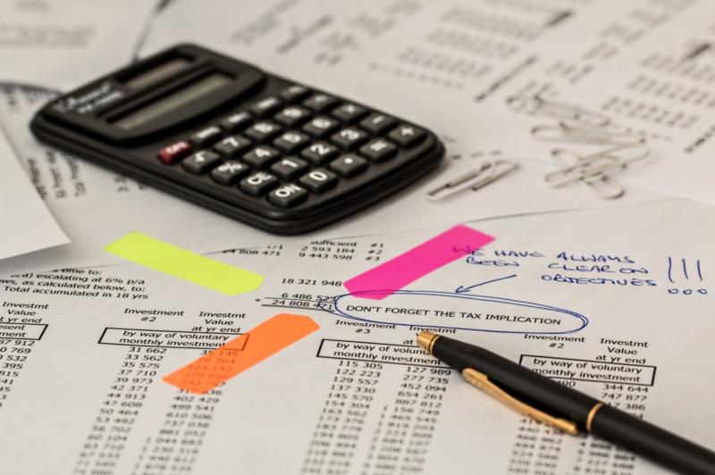 Laskin ja verotus